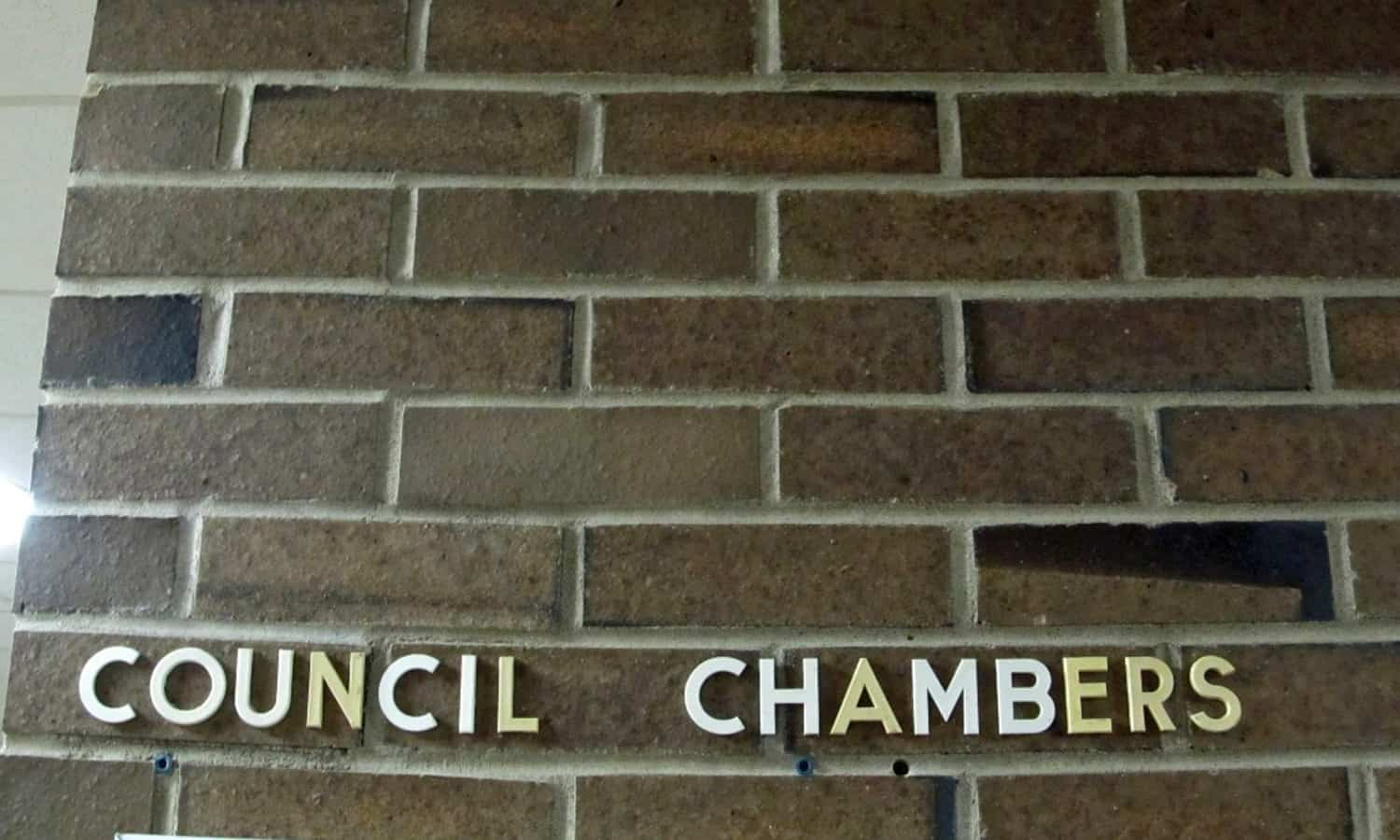 Signage leading to council chamber