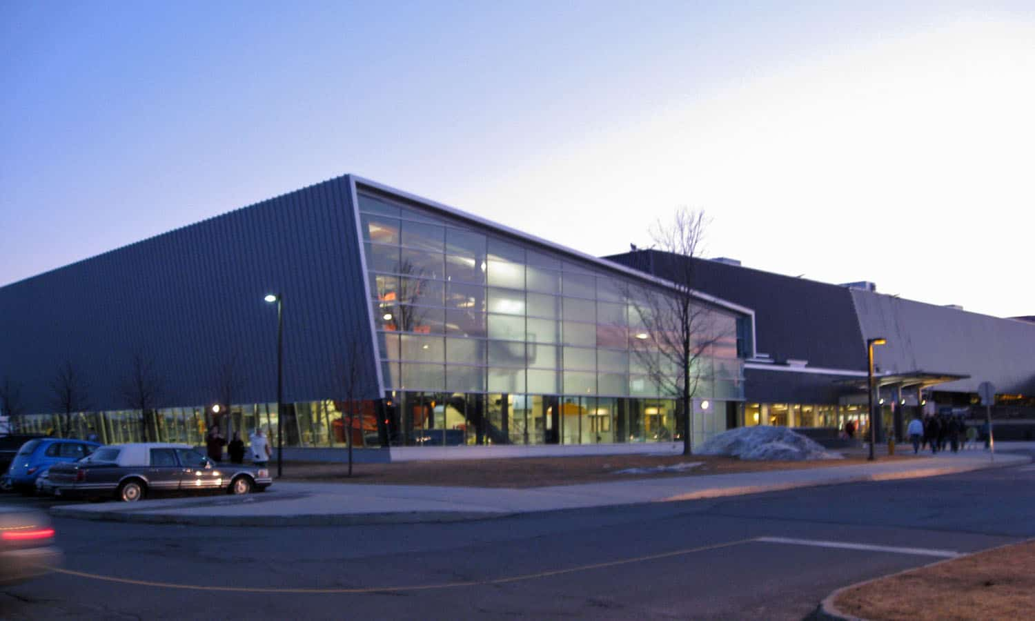 A new aquatic centre was added to the east end of the Civic Complex