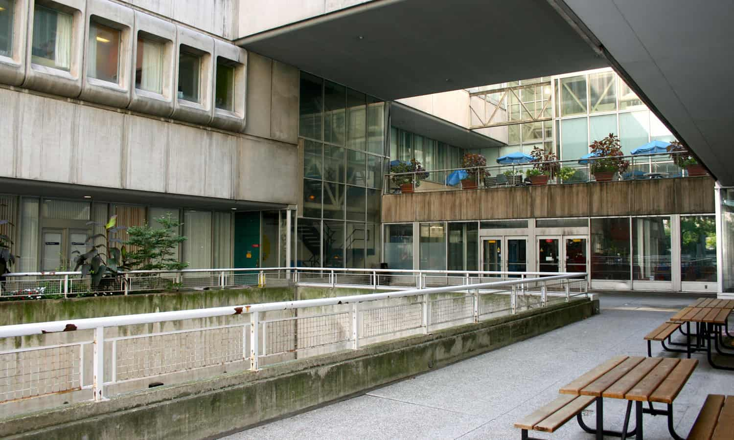 One of a series of interconnected exterior spaces that weave through the building connecting it back to the larger campus