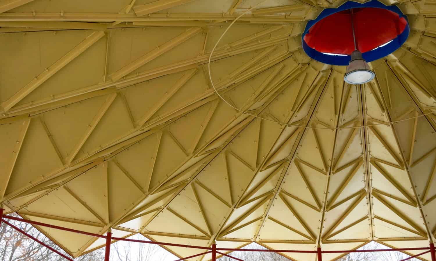 Roof of refreshment stand
