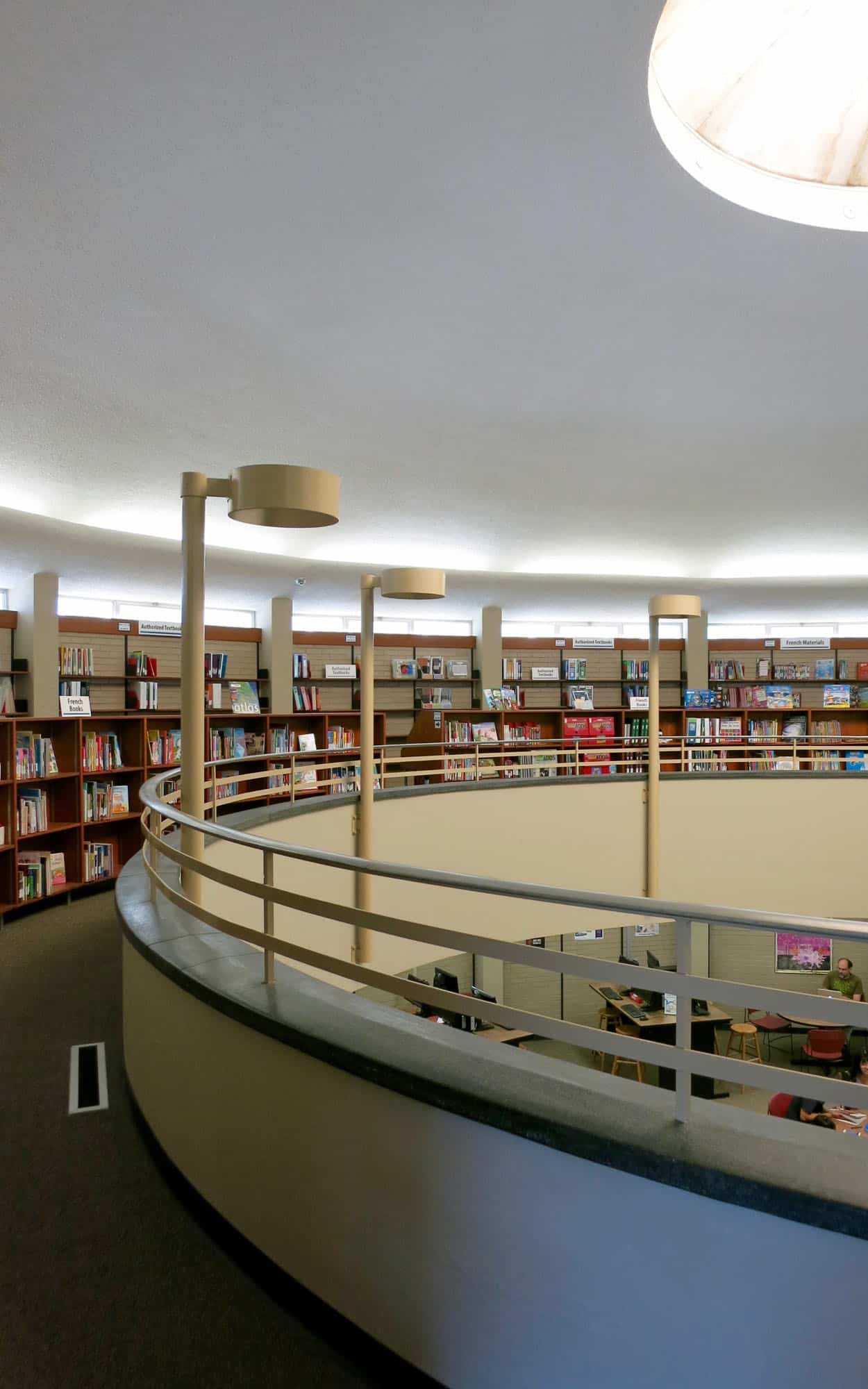The double-height rotunda library characterized by diffuse light
